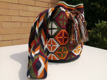 Load image into Gallery viewer, Handmade Cross-body Bags Mochilas Wayuu Collection Andes - Zipaquirá