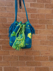 Handmade Cross-body Bags Mochilas Wayuu Collection Oceano Azul - Manzanares