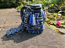Load image into Gallery viewer, Handmade Cross-body Bags Mochilas Wayuu Collection Oceano Azul - Bolívar