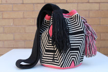 Load image into Gallery viewer, Original Handmade Bags Mochilas Wayuu  Collection Bonita