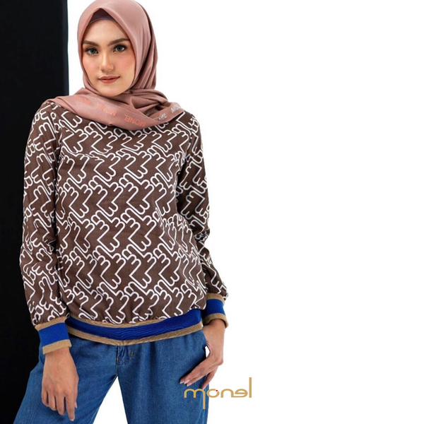 Monogram Top Brown