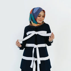 Ribbon Tie Outer