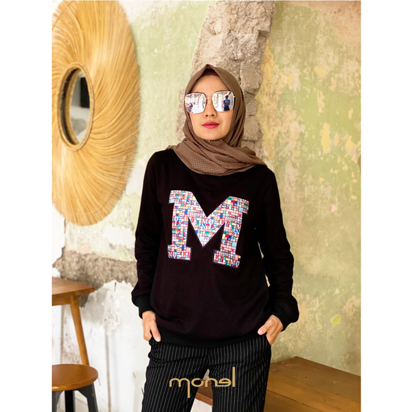M Digital Border Sweatshirt