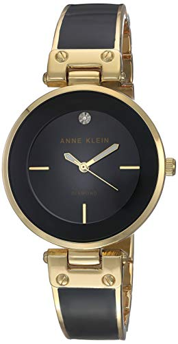 Women's Classic Watch Quartz Mineral Crystal Black and Gold watch