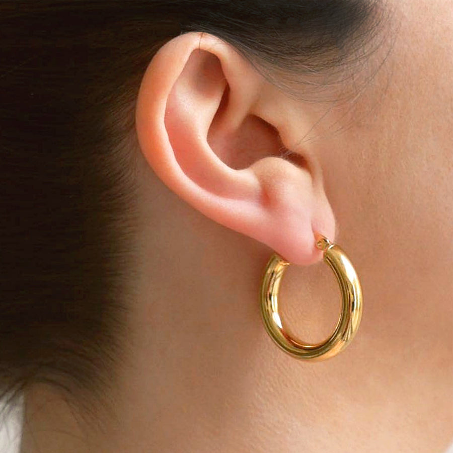 gold classic hoop earrings minimal fashion