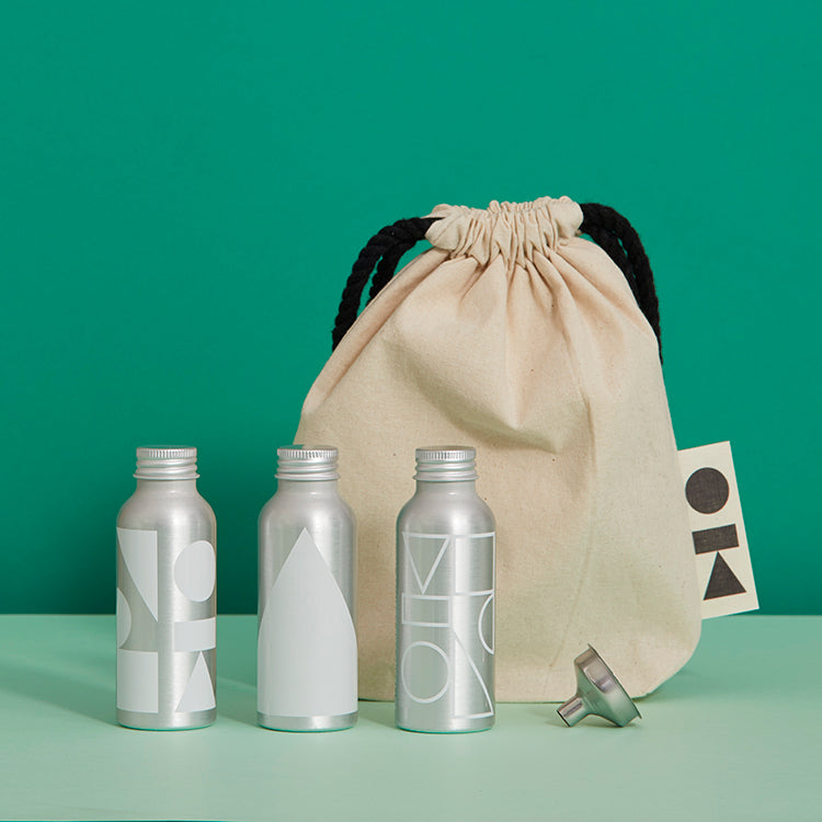 white travel basics kitbag