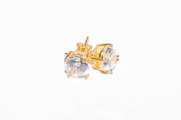 Solitaire Round Shaped Gold Studs .925
