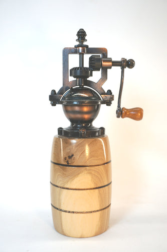 Natural English Walnut Barrel Peppermill