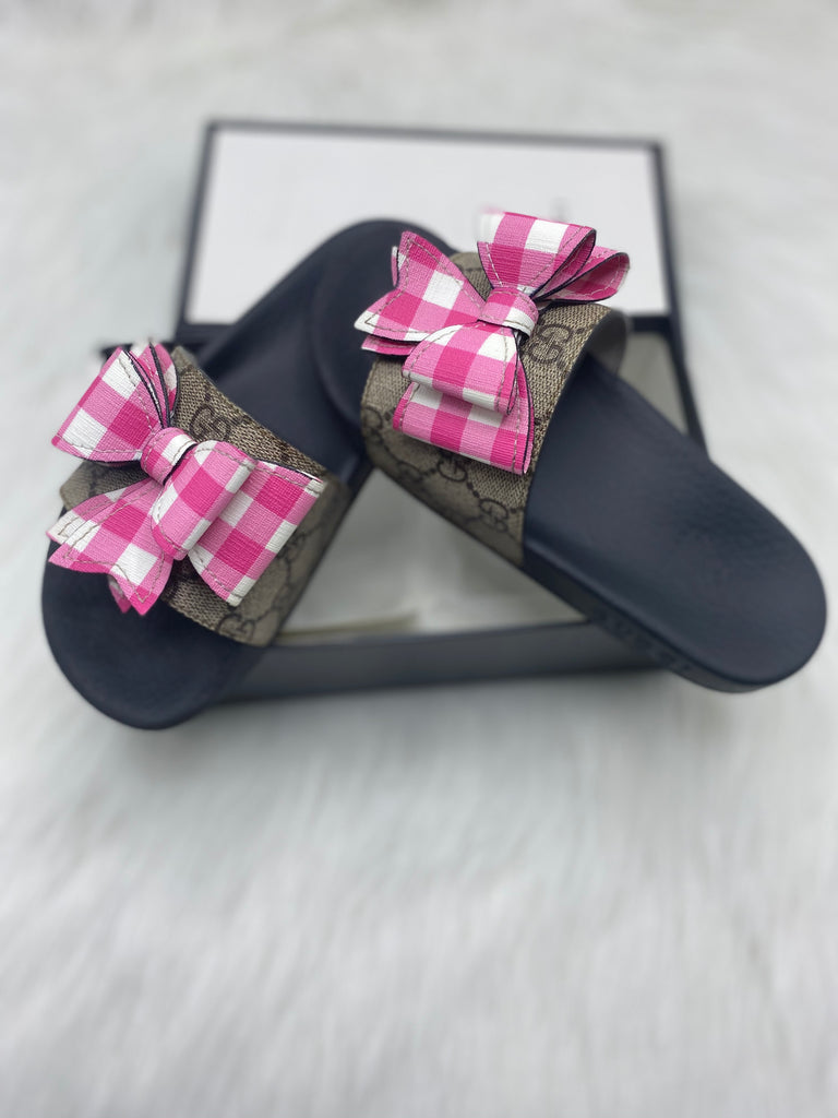Gucci kids bloom sandals size 32