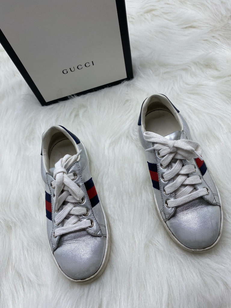 GUCCI  ACE LEATHER SNEAKER SIZE 29