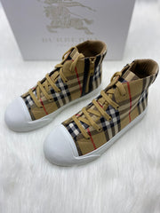 Burberry checkered hight top shoes size 34