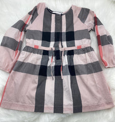 Burberry dress size 4y