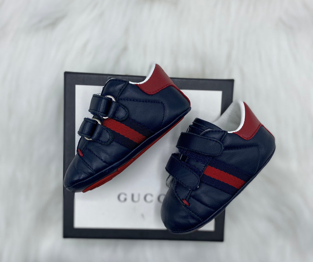 Gucci navy pre walkers size 17