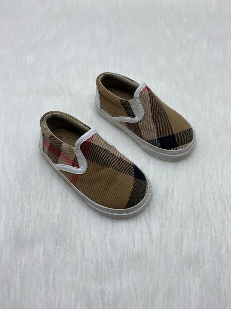 Burberry kids canvas slip on size 21/5c
