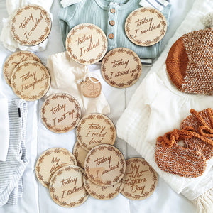 (Australia Only) Wooden achievement milestone discs - Wreath