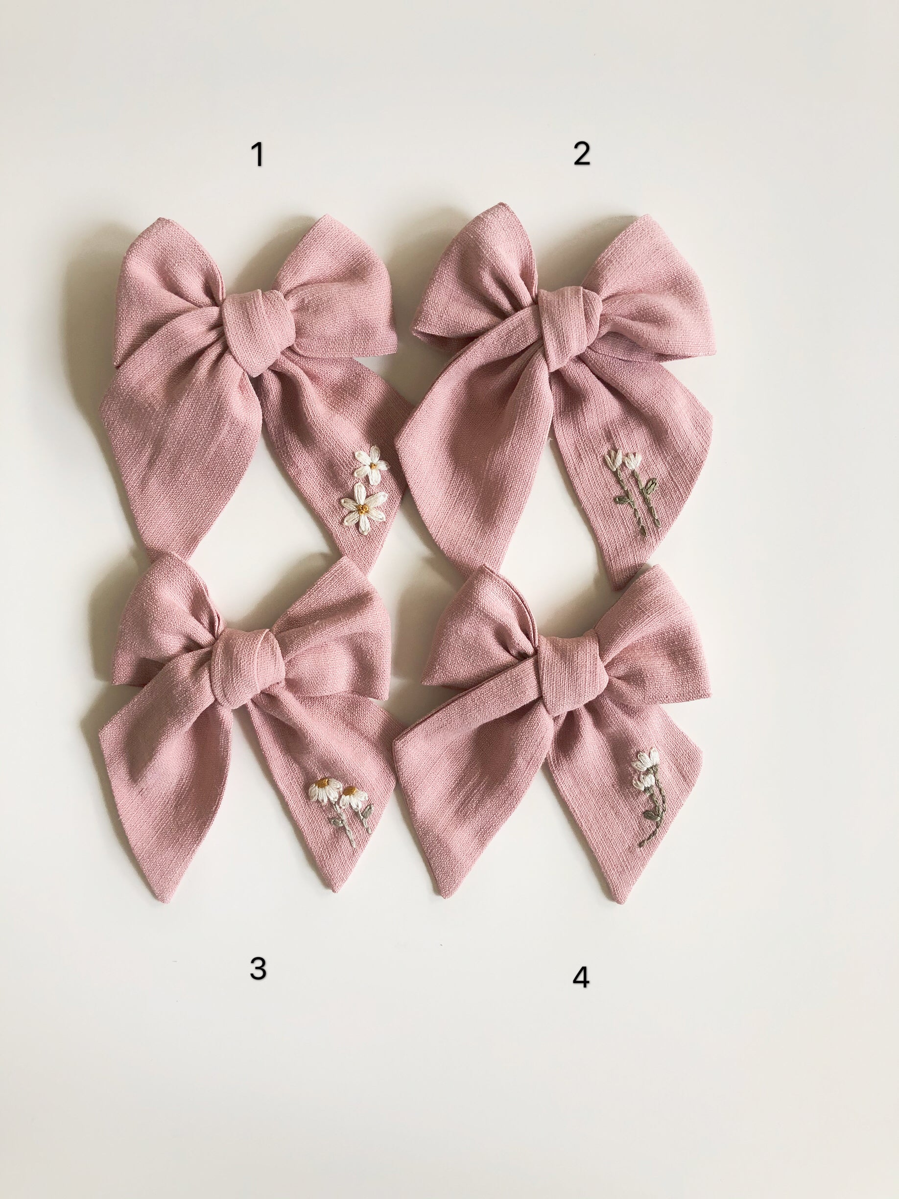 Mini Traditional Embroidered Bow - Cloud Pink