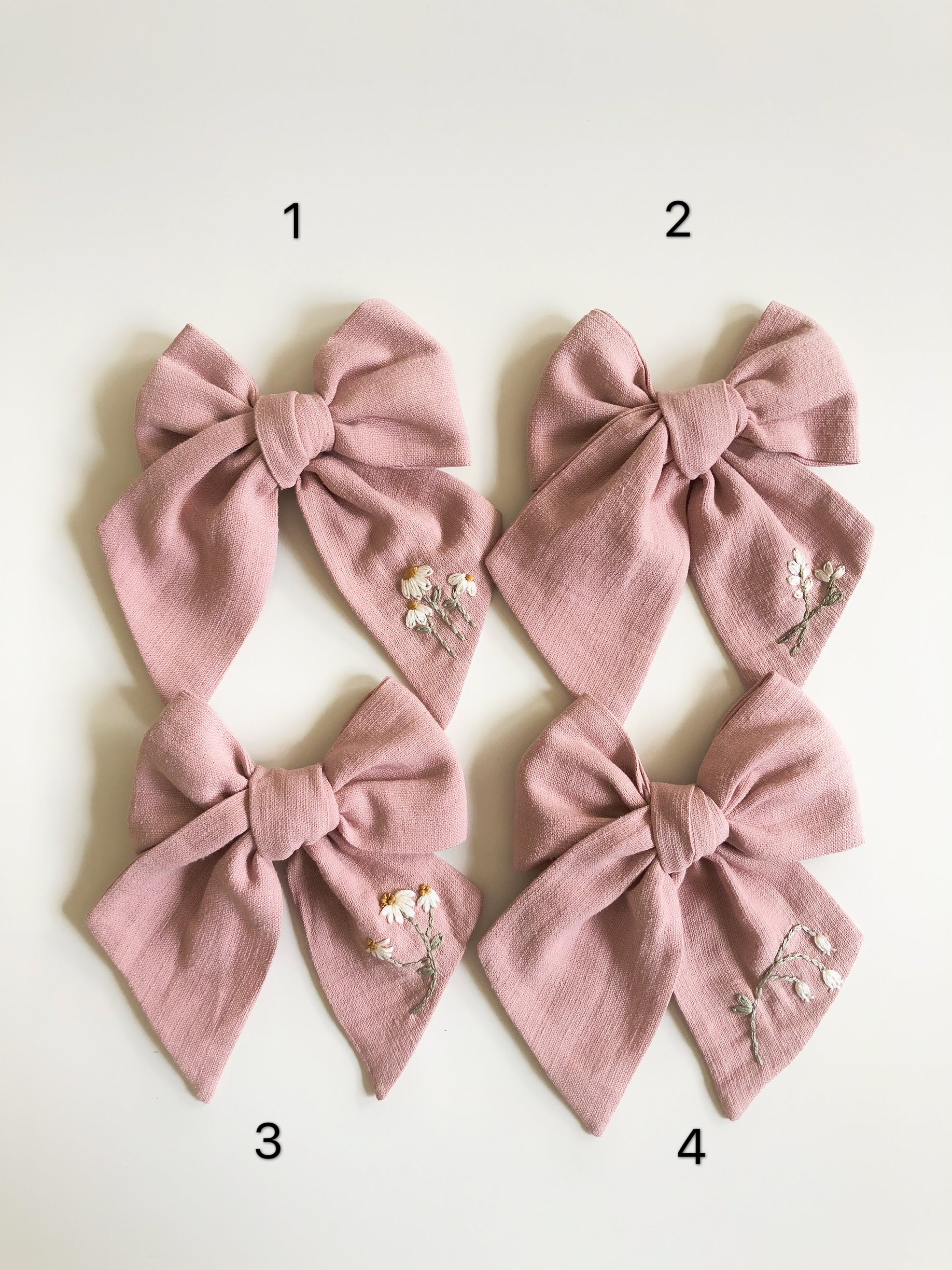 Medium Traditional Embroidered Bow - Cloud Pink