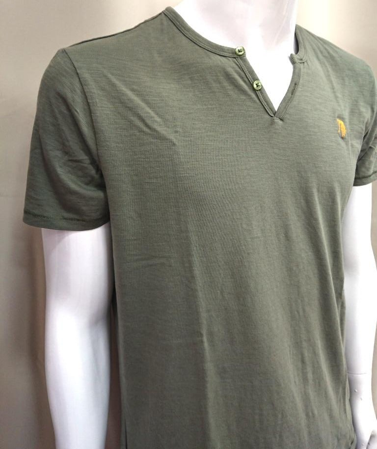 T-SHIRT V-NECK SLIM FIT