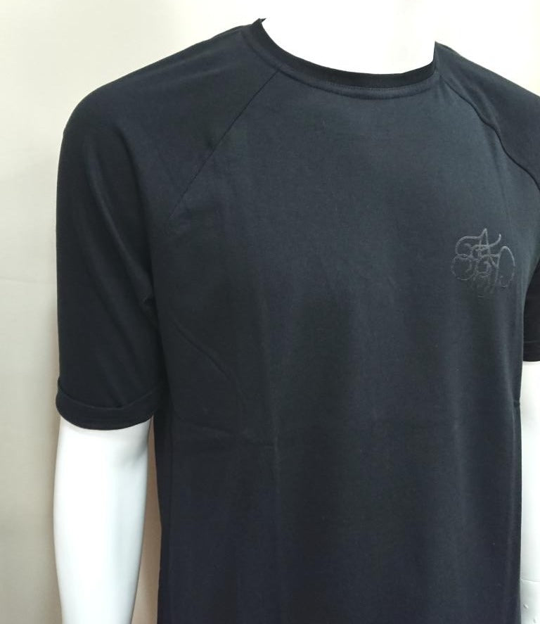 T-SHIRT WITH LOGO DETAIL