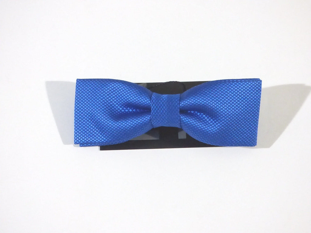SATIN READY-TIED BOW TIE