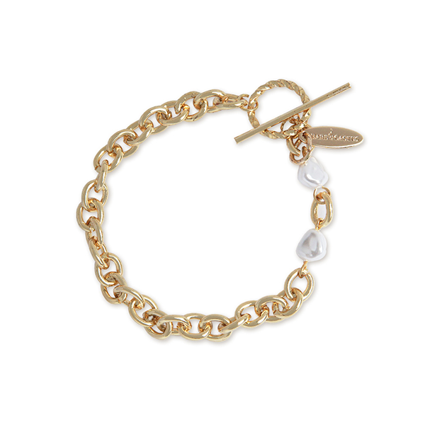 Classic Chain and Pearl Bracelet