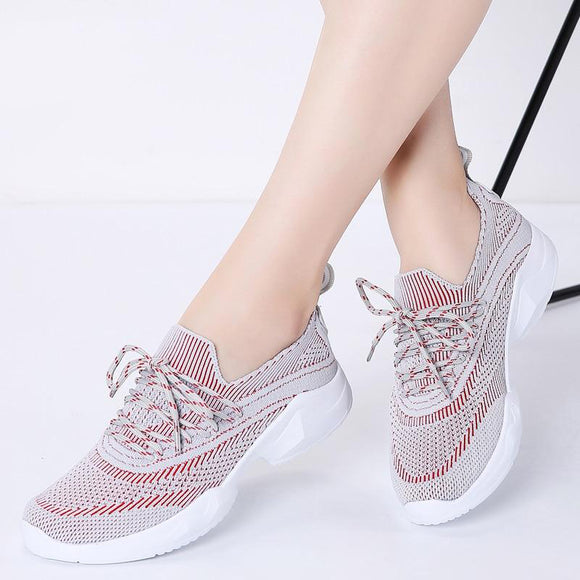 Women Lace Up Breathable Casual Sneakers