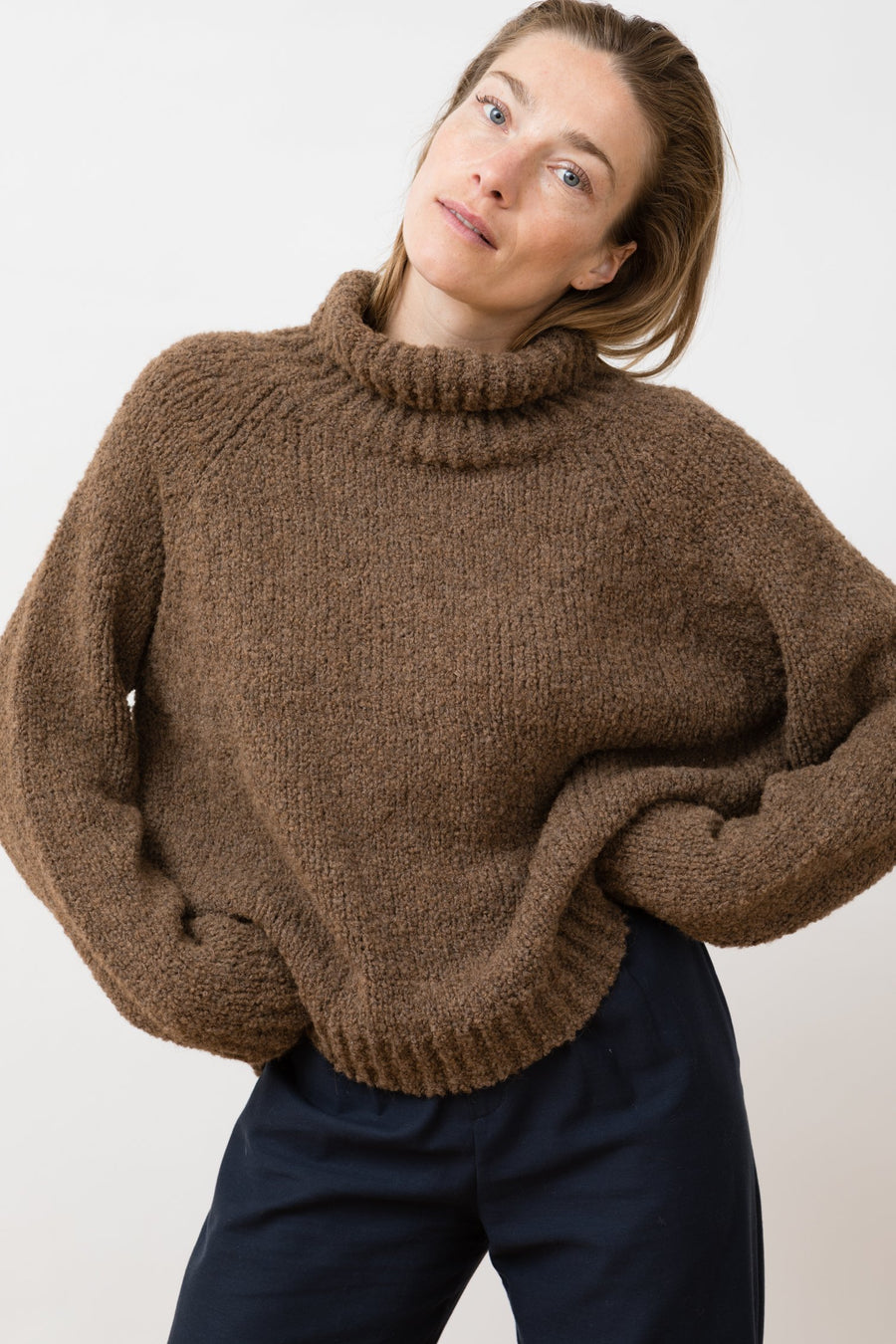 Turtleneck Ode Chestnut