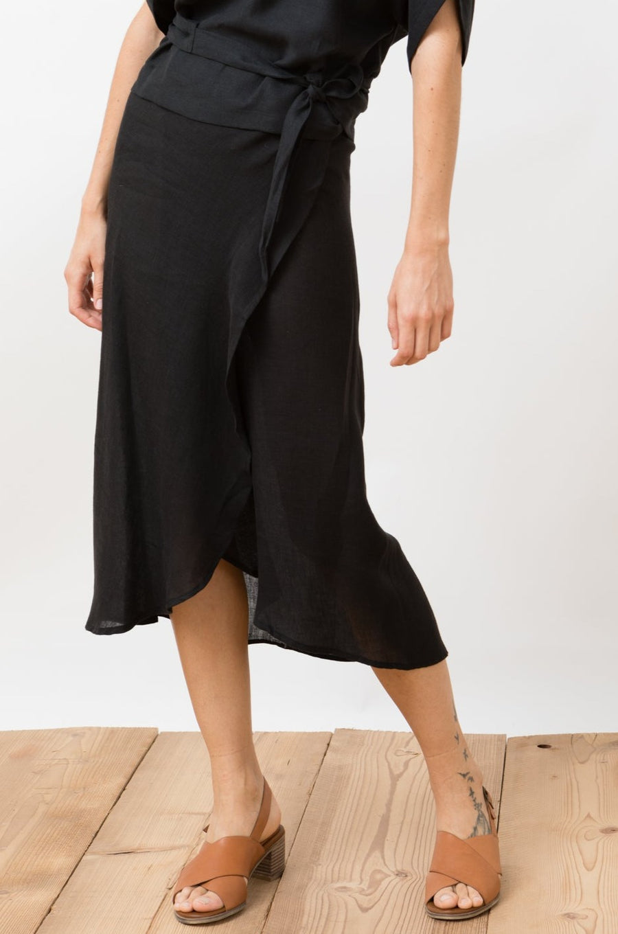 Linen Wrap Skirt Rio Black