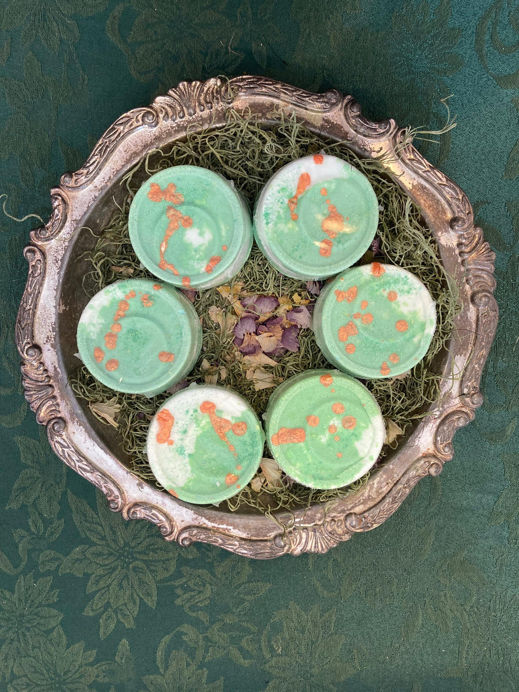 Grapefruit & Bamboo Bath Bomb