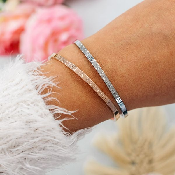 Armband mit Gravur Believe in Yourself in rosegold und silber