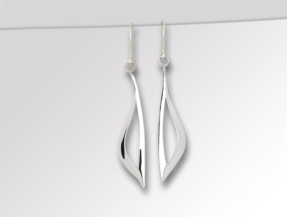 E9330 HIGH POLISH SILVER EARRING - Joryel Vera Jewelry