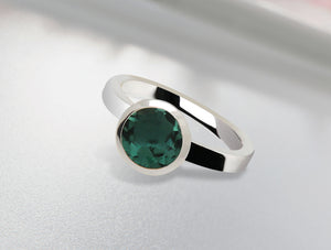 R3328 8mm GREEN QUARTZ RING - Joryel Vera Jewelry