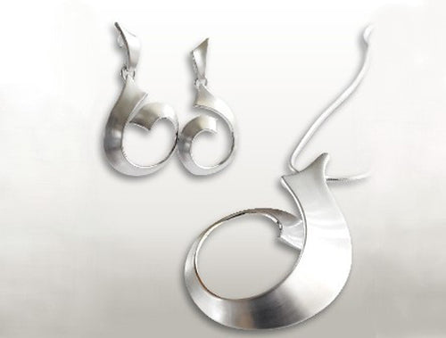 STERLING SILVER OCEAN WAVE COLLECTION