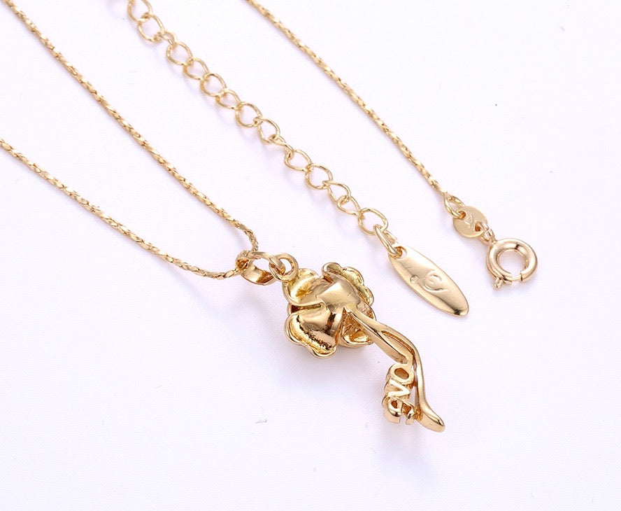 18K Gold Plated Diamond Flower Love Necklace
