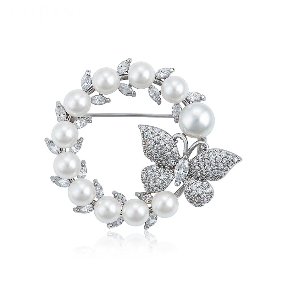Pretty Cz Diamond Butterfly & Pearl brooch