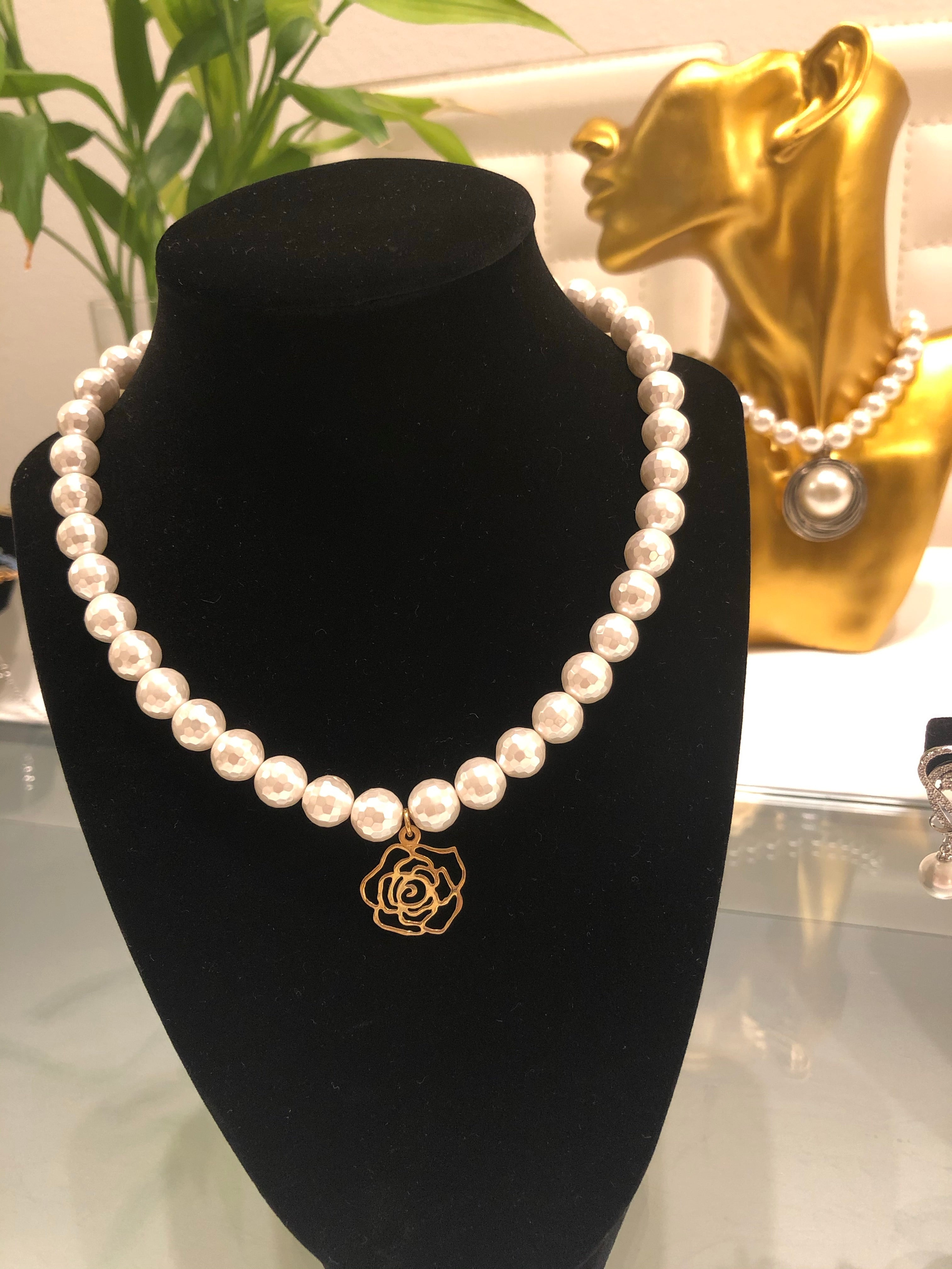 14K Gold Rose Flower with Shell Pearl Handmade Necklace
