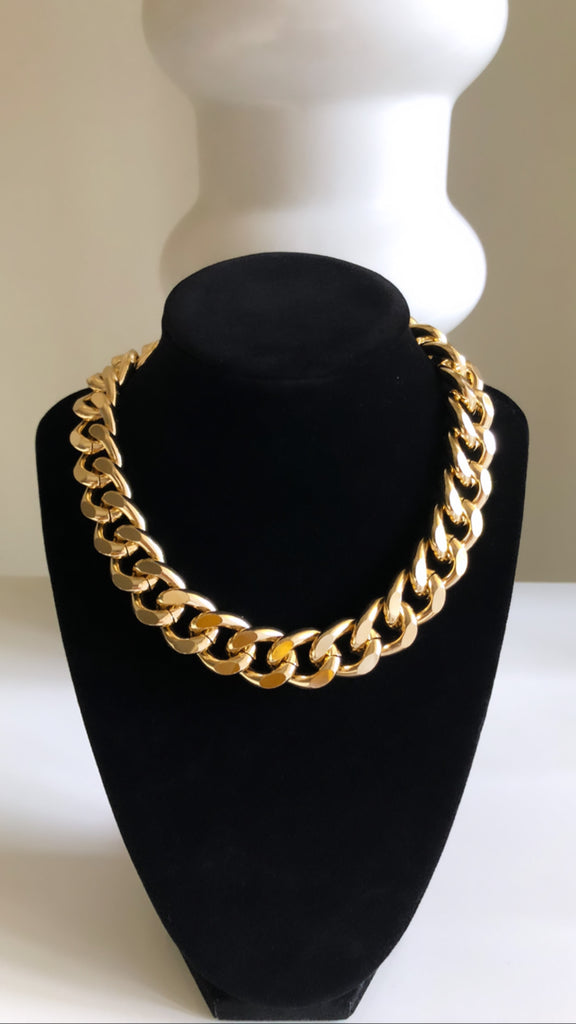Fashion Chunky Aluminum Vintage Necklace