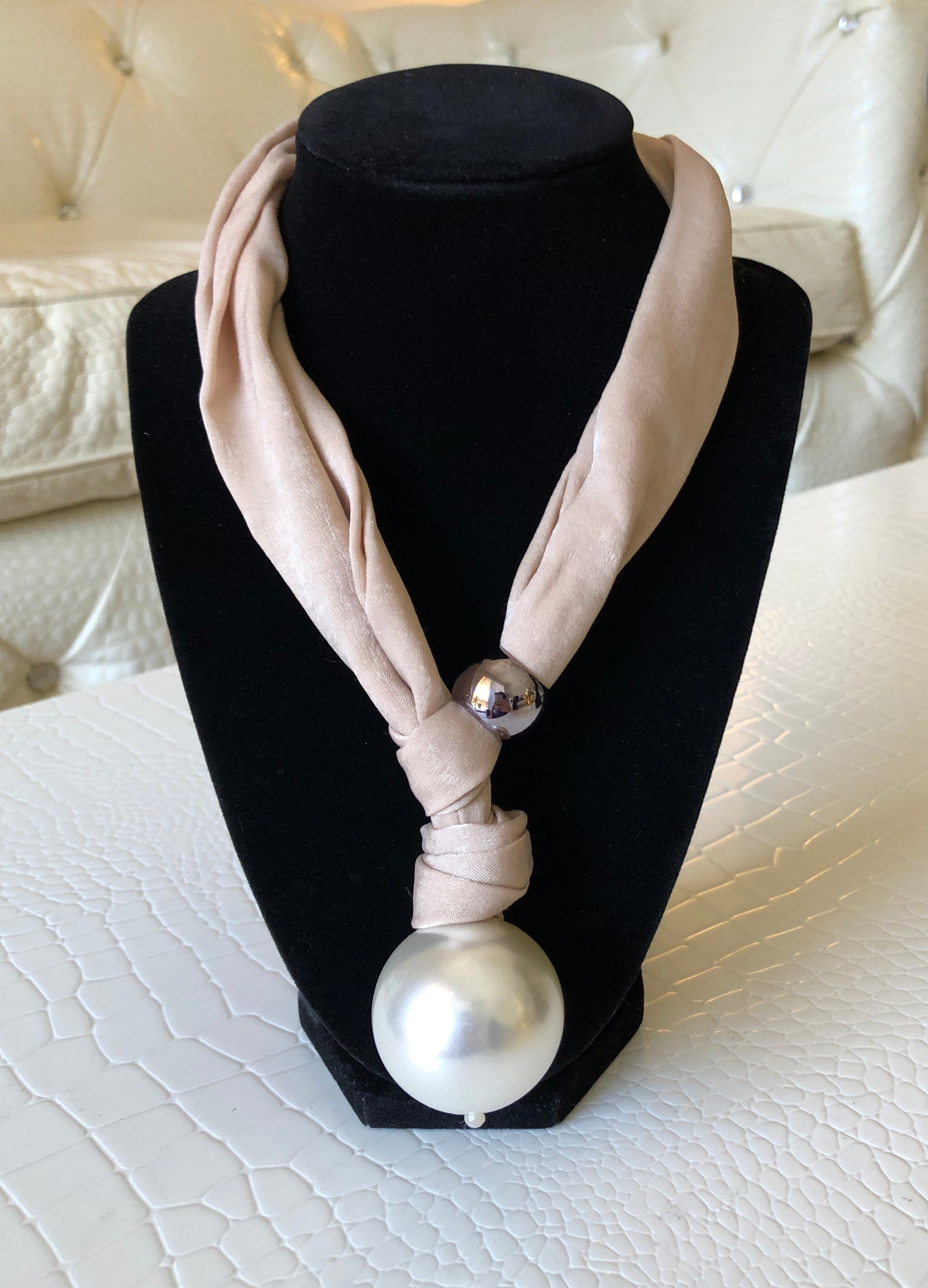Fashion Pearl Silk Choker Necklace