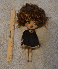 Load image into Gallery viewer, (#14) 75 Apples Art- Neo Blythe Doll Trash OOAK- BLYTHE Doll Custom TBL NOTE: Defect Eye Mech