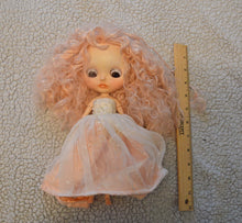Load image into Gallery viewer, (#21) 75 Apples Art- Neo Blythe Fashion Spring Joy Albino Baby OOAK- BLYTHE Doll Custom TBL