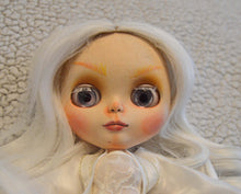 Load image into Gallery viewer, (#16) 75 Apples Art- Neo Blythe Rose Quartz Doll OOAK- BLYTHE Doll Custom TBL