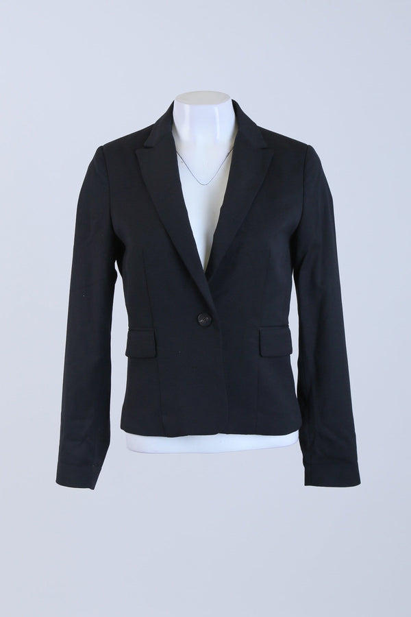 Tailored Button Up Blazer