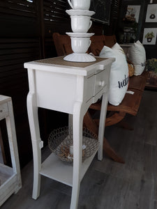 Petite accent table