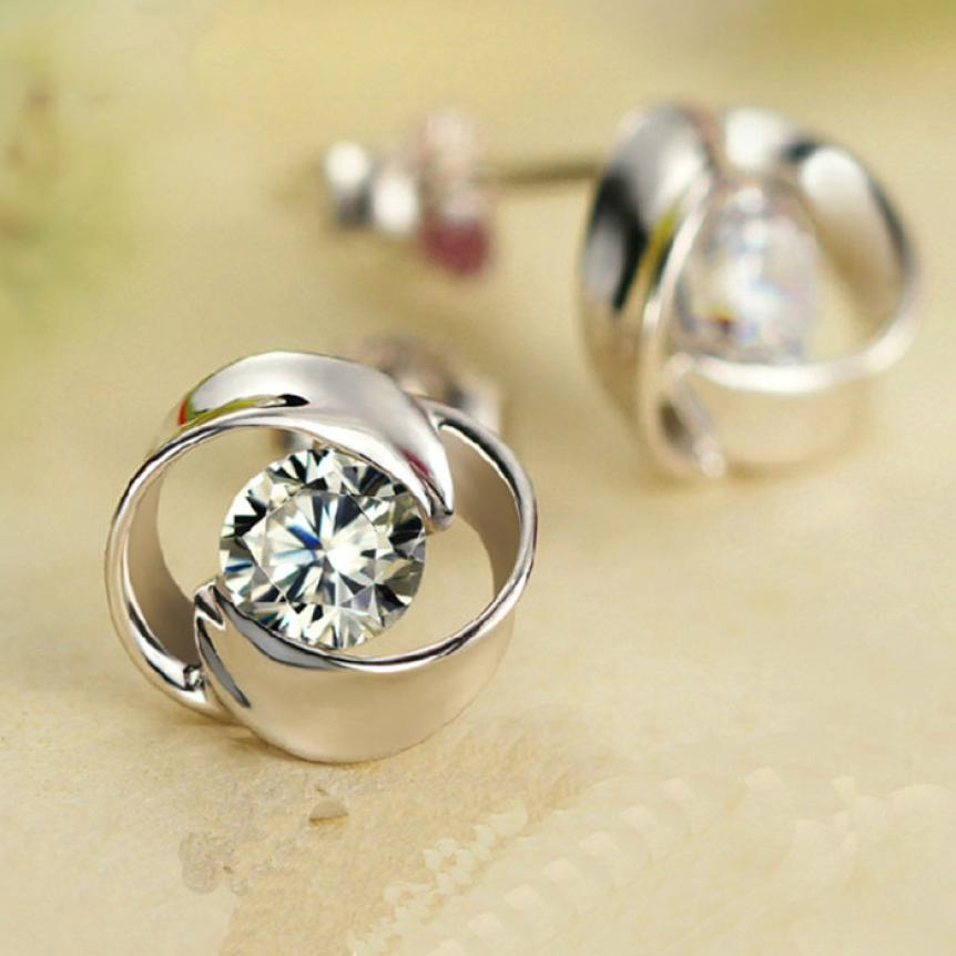 1Pair Beautiful Crystal Shiny Exquisite Earrings for Women