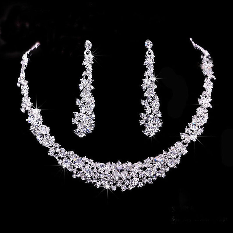 Mysterious charming crystal necklace earrings set