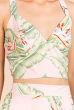 Load image into Gallery viewer, GRACE FLORAL PRINT PINK CROP TOP