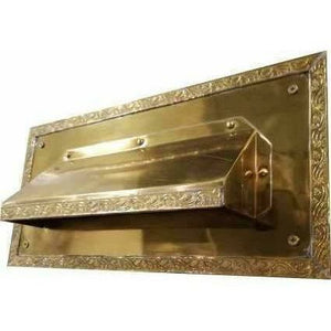 Hooded letter plate - Decor Handles