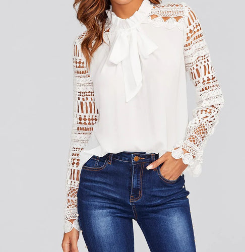 GUIPURE LACE SLEEVE BLOUSE