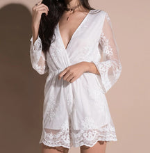 Load image into Gallery viewer, WHITE LACE JUMPSUIT