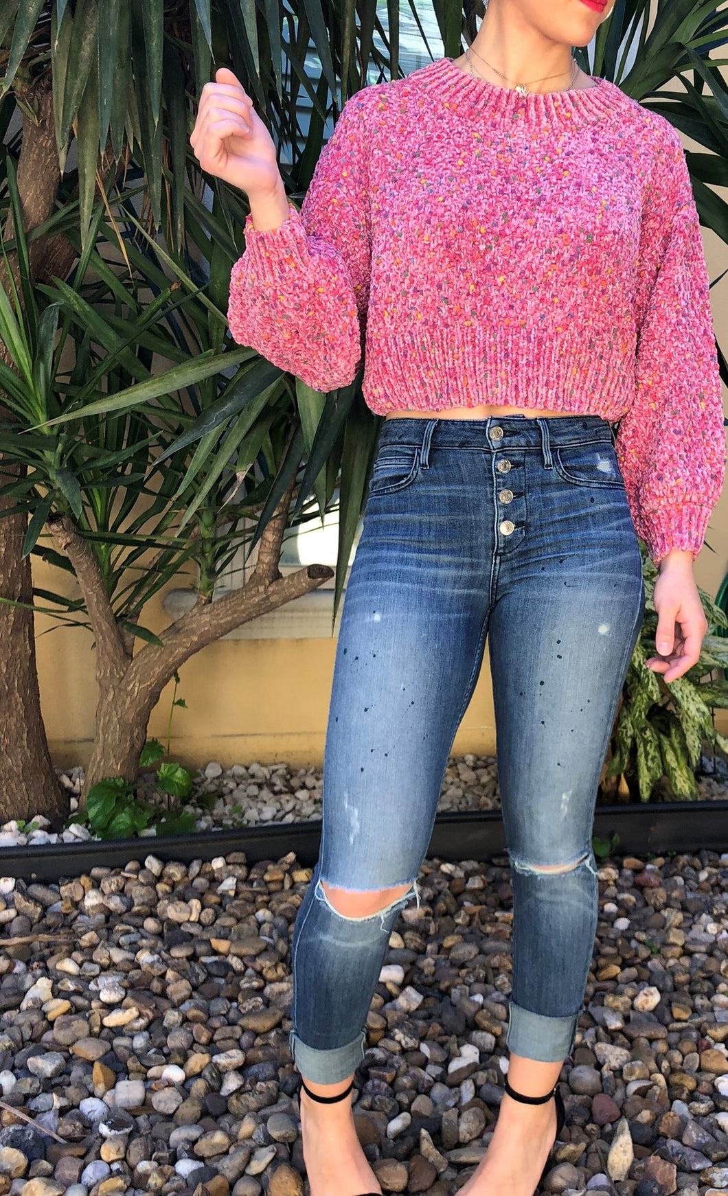 MULTI ROSE CROP SWEATER